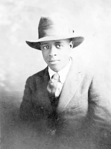 """wallace thurman essays Free essay: countee cullen was a prominent american poet and was known as the """"poster poet"""" of the 1920 artistic movement called wallace thurman and arna."""